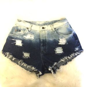 Lee High waisted Mom jeans cut off shorts size 14